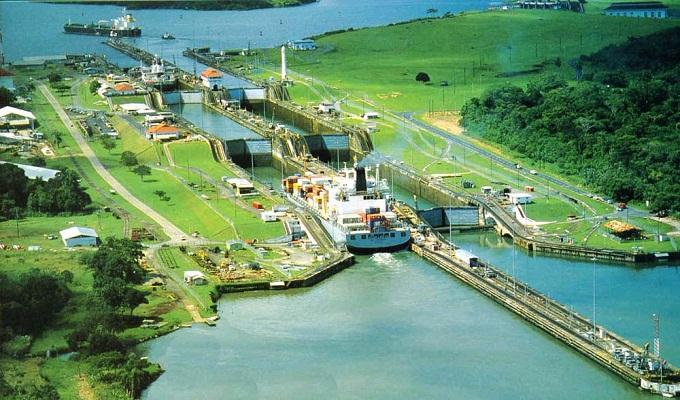 Resultado de imagem para Canal do Panamá. No ano de 1903