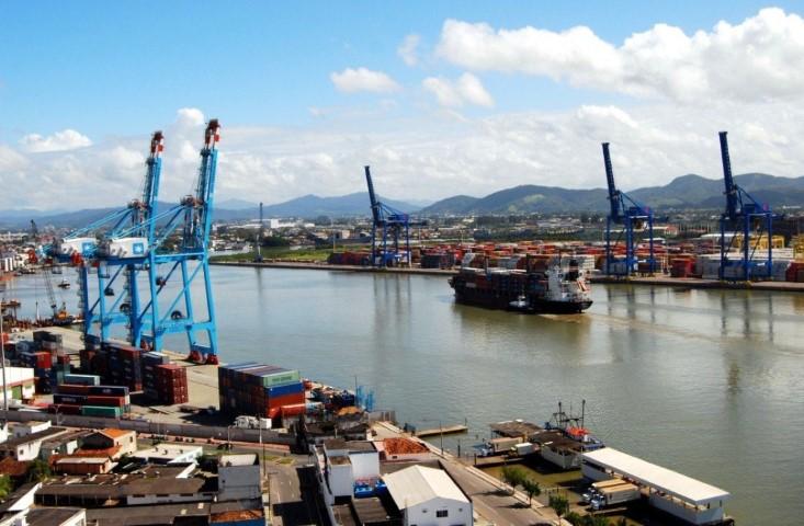 Investimentos modernizam portos de Santa Catarina