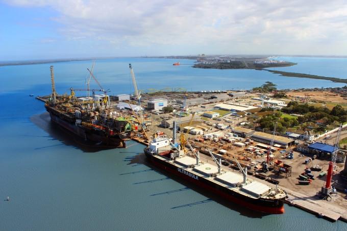 Janeiro movimenta mais de 2,4 milhões de toneladas no Porto do Rio Grande