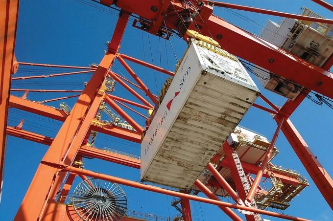 Resultado de imagem para Suape ganha operação para facilitar importações e exportações