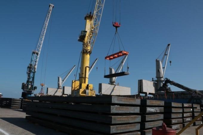 Portos movimentam 420 mi de toneladas entre janeiro e maio