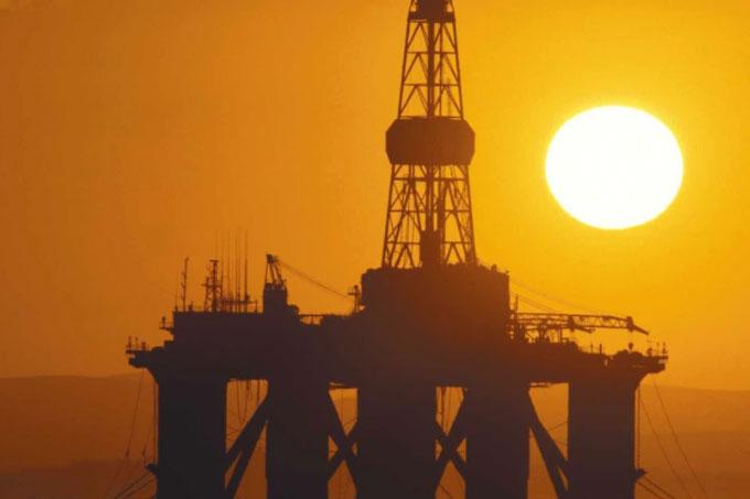 Governo quer megaleilão de gás e óleo para arrecadar R$ 58 bi
