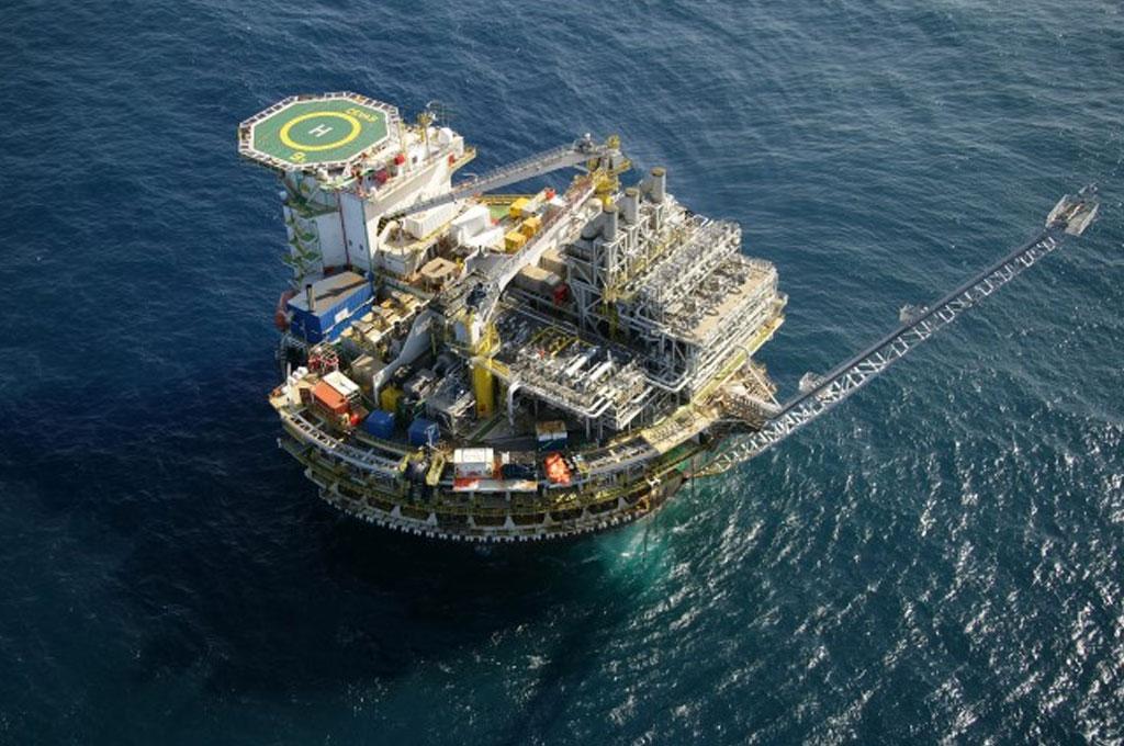 Resultado de imagem para Governo quer aprimorar partilha em petróleo e estimular investimentos