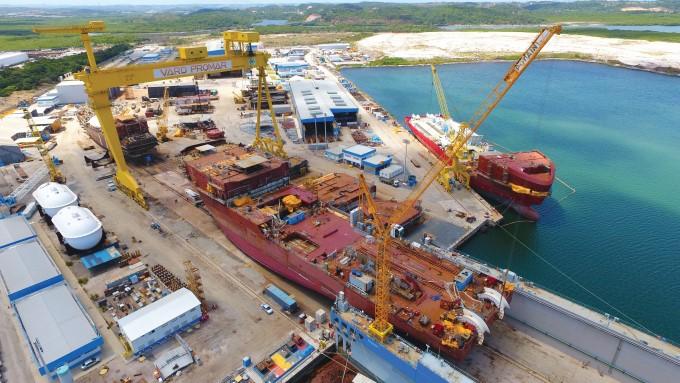 Resultado de imagem para Indústria naval ameaçada em Pernambuco